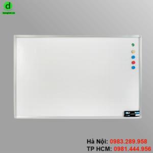 Bảng từ trắng treo tường được sử dụng nhiều tại văn phòng, trường học và gia đình