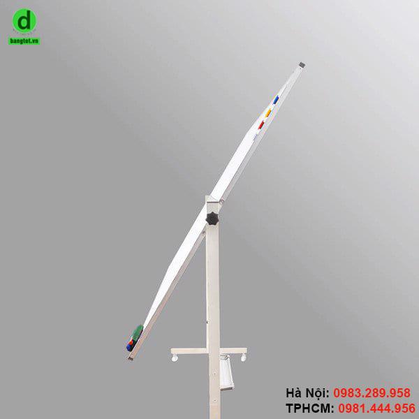 Bảng 2 mặt có thể quay 360 độ, dễ dàng khi sử dụng