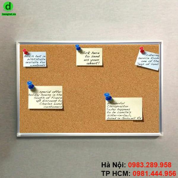 Bảng ghim thông báo dùng cho các văn phòng công ty, trường học và gia đình