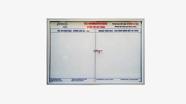 Bảng thông tin kính lùa có khóa