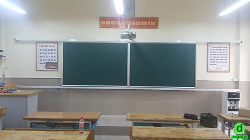 Bảng trượt ngang cho trường học