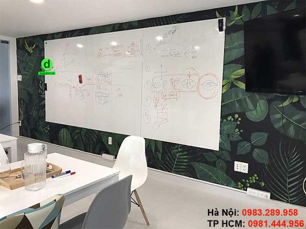 Bảng từ trắng không khung dán trực tiếp lên tường