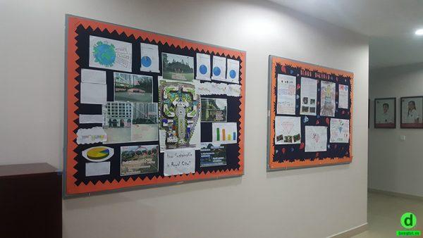 Lắp đặt bảng ghim trang trí cho trường Vinschool