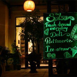 Bảng led viết tay cho quán trà sữa Họa My