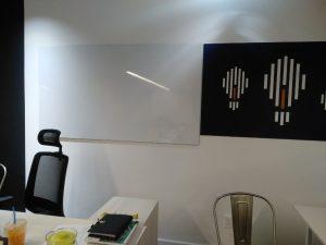 Bảng từ trắng dán tường cao cấp