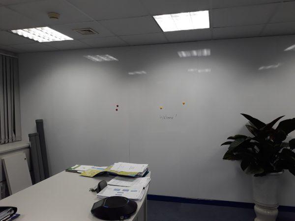 Lắp bảng từ trắn dán tường