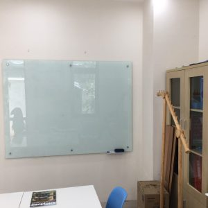 Bảng kính văn phòng Vĩnh Phúc