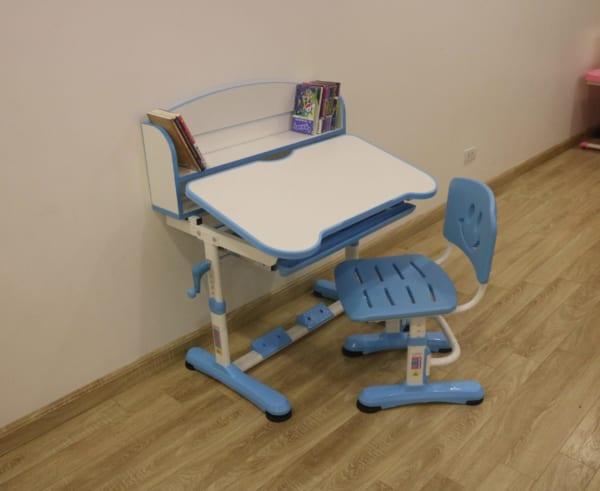 Bàn ghế VDTT8-2 xanh