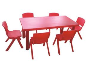 Bàn ghế nhựa đúc cho bé ngồi học